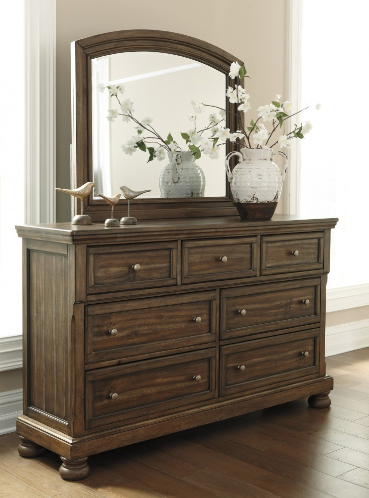 Flynnter - Medium Brown - Dresser & Mirror
