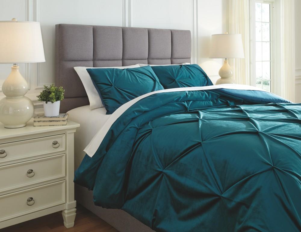 Meilyr - Blue Spruce - Queen Comforter Set