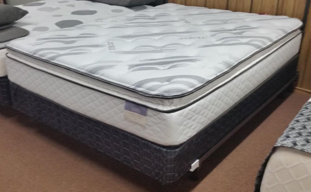 Belair Pillow Top