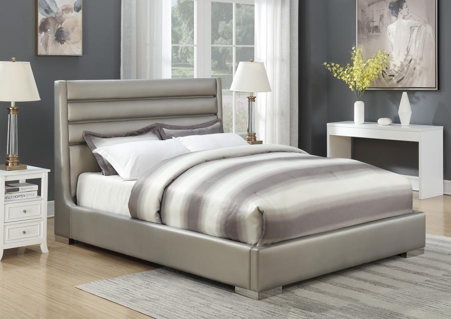 EASTERN KING BED W/ LED   302075KE   Complete Bed Sets   Price ...
