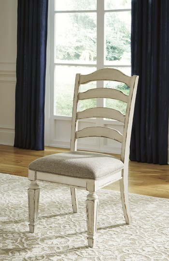 Realyn Chipped White Dining Uph Side Chair 2 Cn