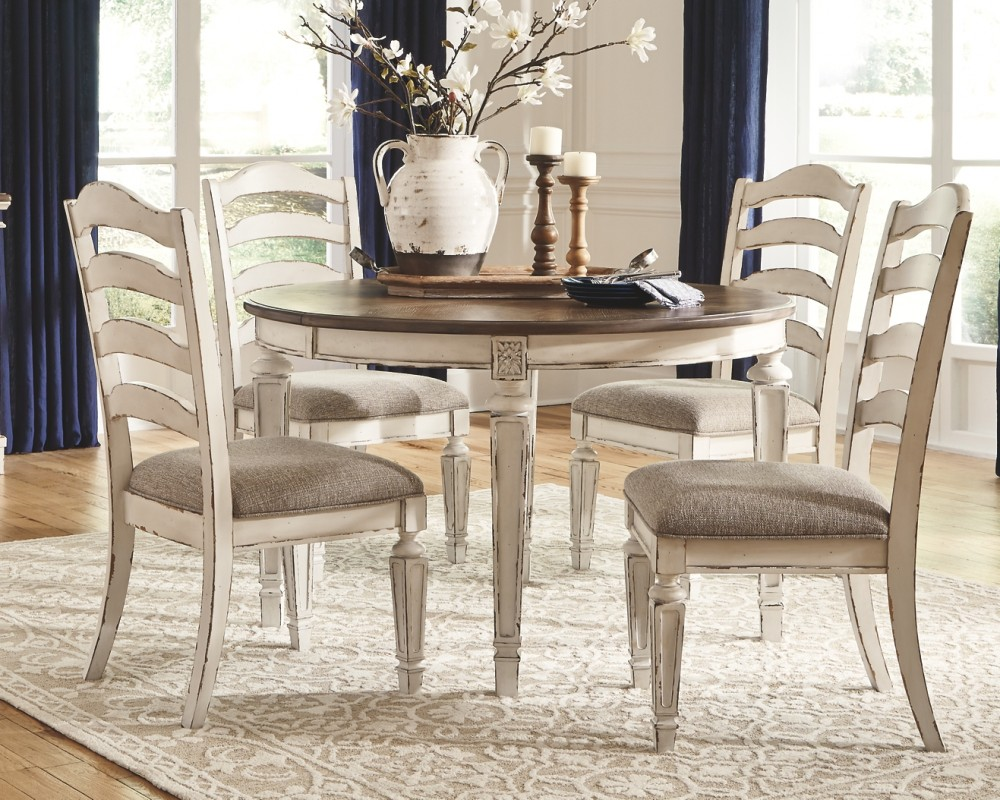 Realyn - Chipped White - Oval Dining Room EXT Table