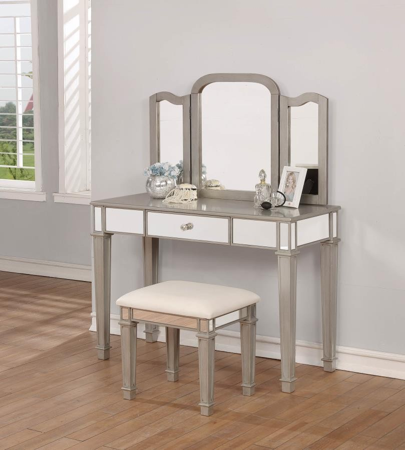 vanity set 930131 bedroom vanities price busters 13719 | vanity set 6717 1