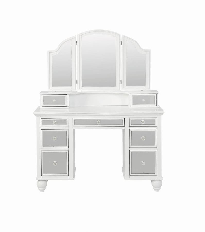 Transitional Beige And White Vanity Set 930133 Bedroom