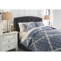 Sladen - Blue/Cream - Queen Comforter Set