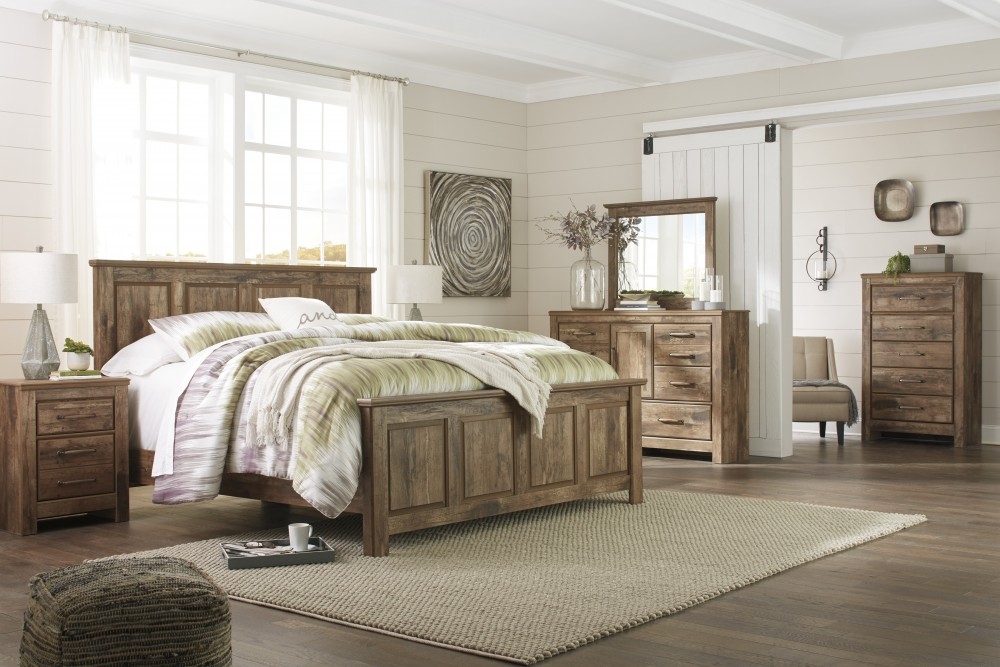 Blaneville 4pc.Queen Panel Bed, Dresser, Mirror and Nightstand
