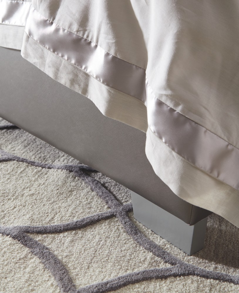Coralayne King Upholstered Bed B650b15 B65076 B65078