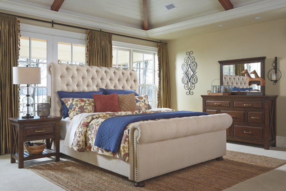 Windville King Upholstered Sleigh Bed B662b8 56 58 97 Complete