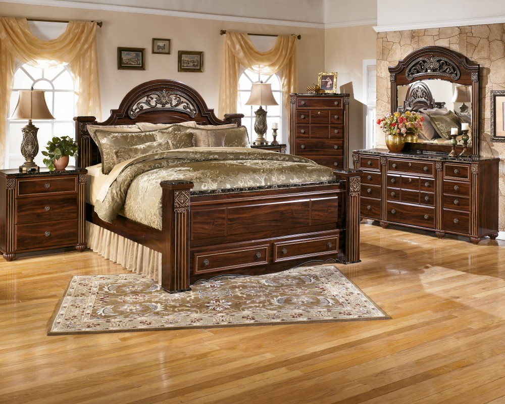 Gabriela King Poster Bed With 2 Storage Drawers B347b8