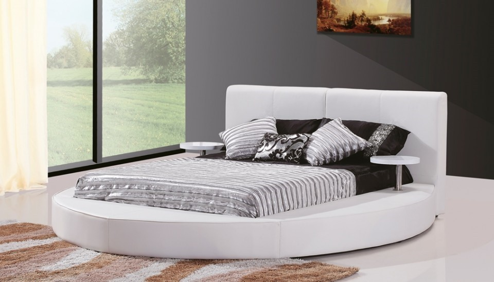 White Leather Contemporary Round Bed KIng