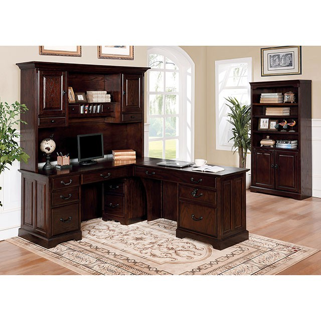 Tami - Cabinet w/ Casters