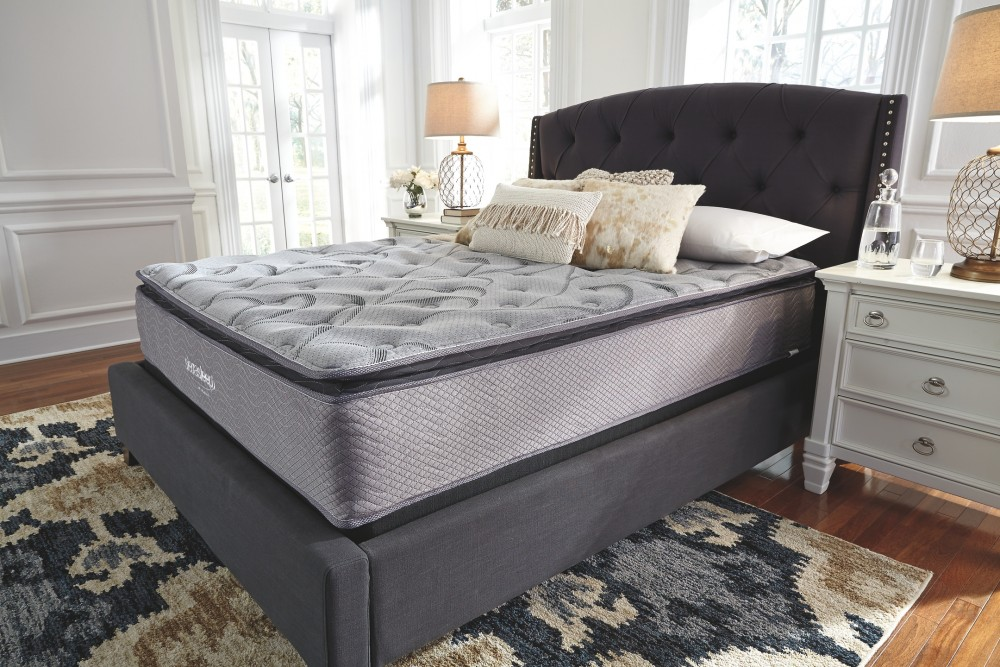 Curacao Curacao King Mattress And Adjustable Base