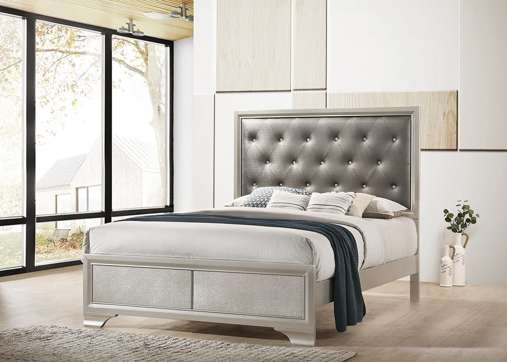 SALFORD COLLECTION - Queen Bed