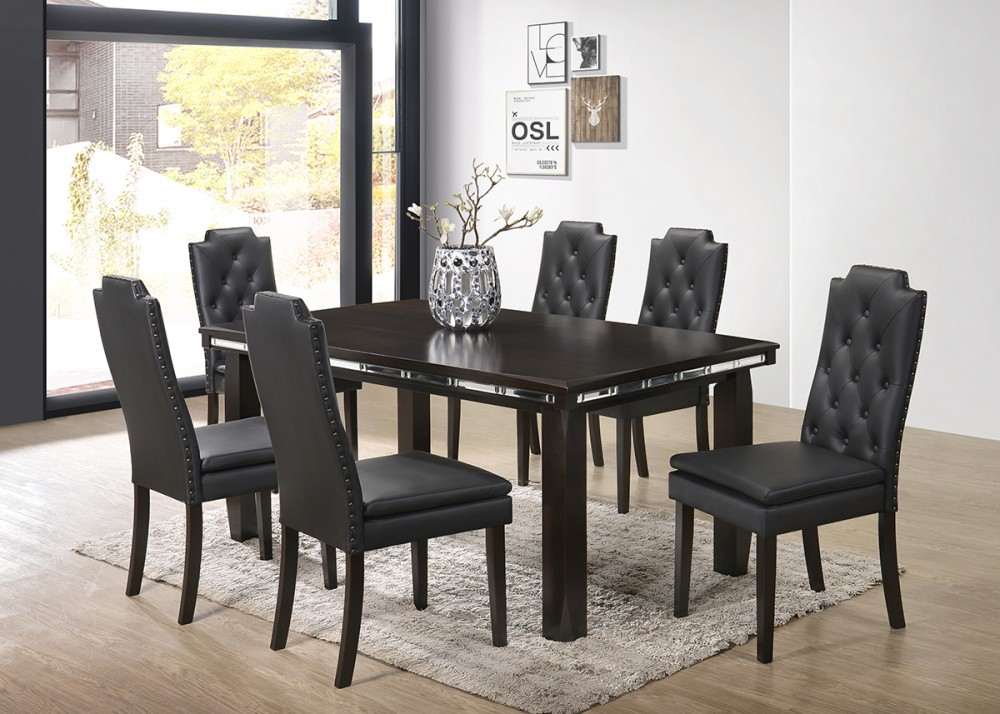 Table & 4 Side Chairs - D113