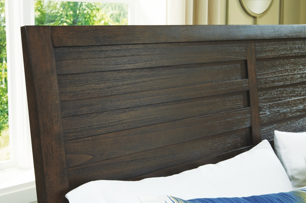 Darbry - Queen Panel Bed with 2 Storage Drawers