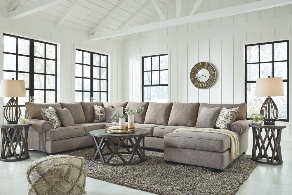 Renchen 4-Piece Sectional with Chaise