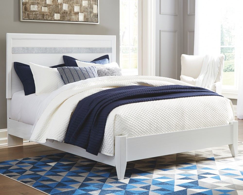 Jallory - Queen Panel Bed