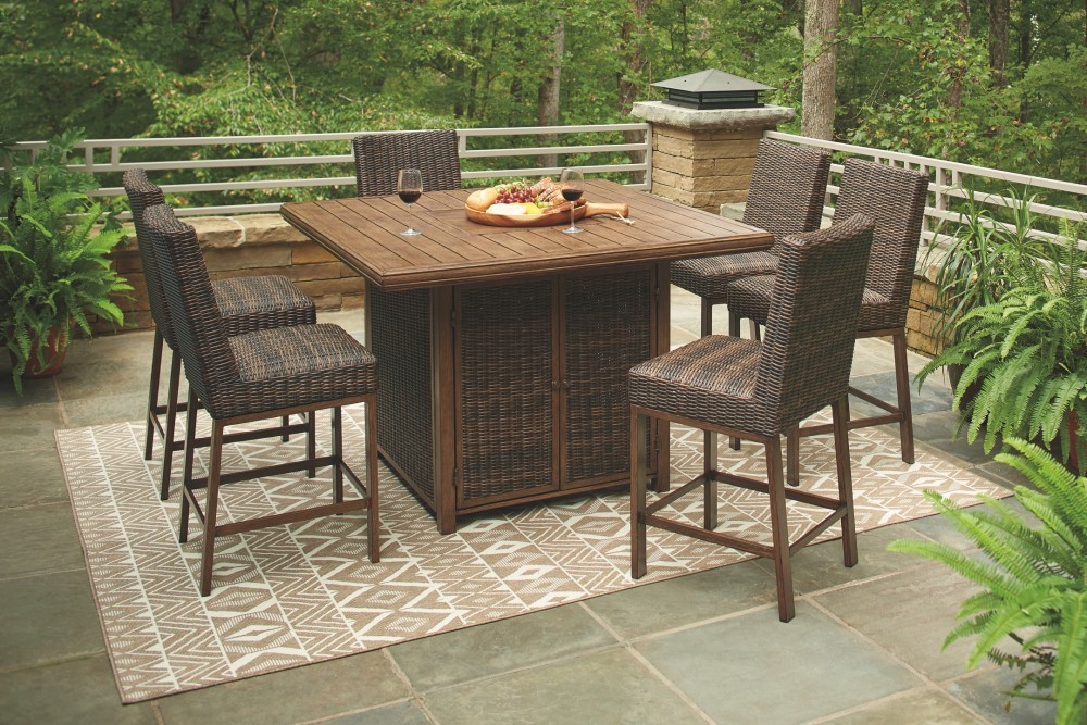 Paradise Trail - Outdoor Dining Table and 6 Chairs
