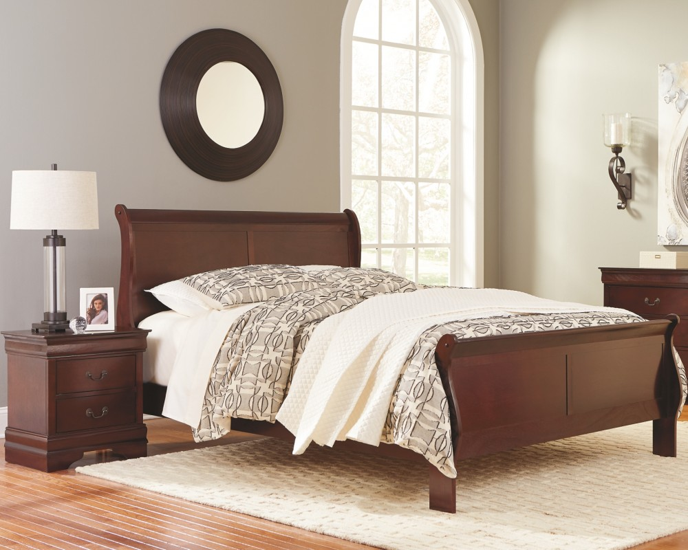Alisdair - Full Sleigh Bed with 2 Nightstands
