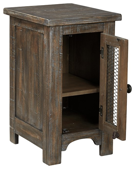Danell Ridge - Chair Side End Table