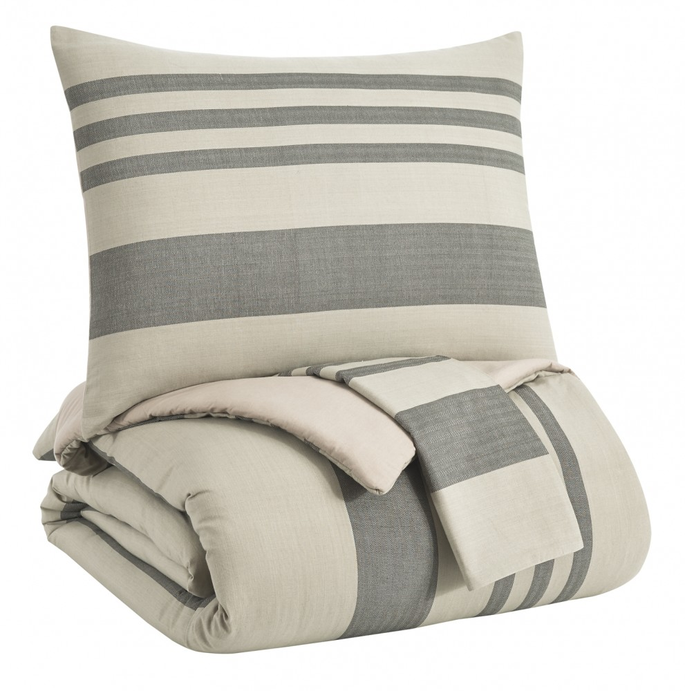Schukei - King Comforter Set