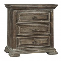 Wyndahl - Three Drawer Night Stand