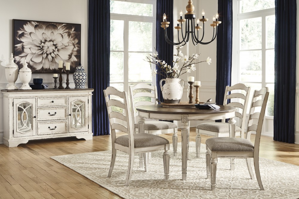 Realyn 5-Piece Dining Set