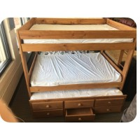Full/Full w/ twin trundle w/3 drawers