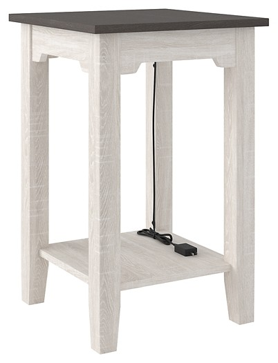 Dorrinson - Chair Side End Table