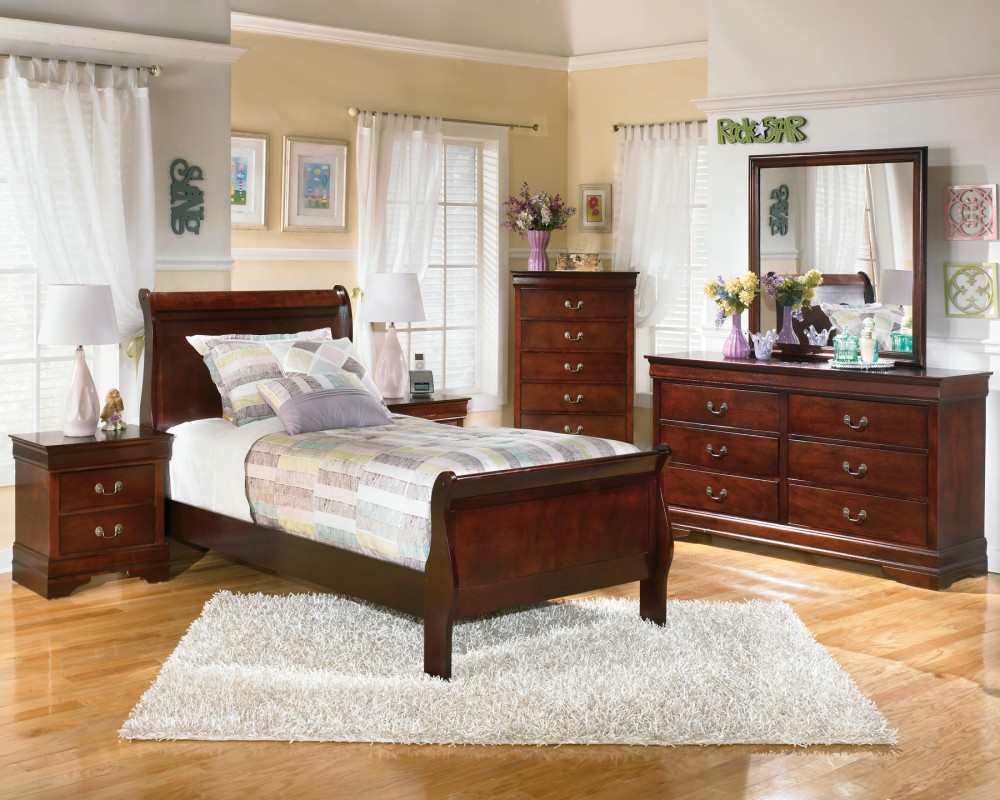 Alisdair - Twin Sleigh Bed with Mirrored Dresser