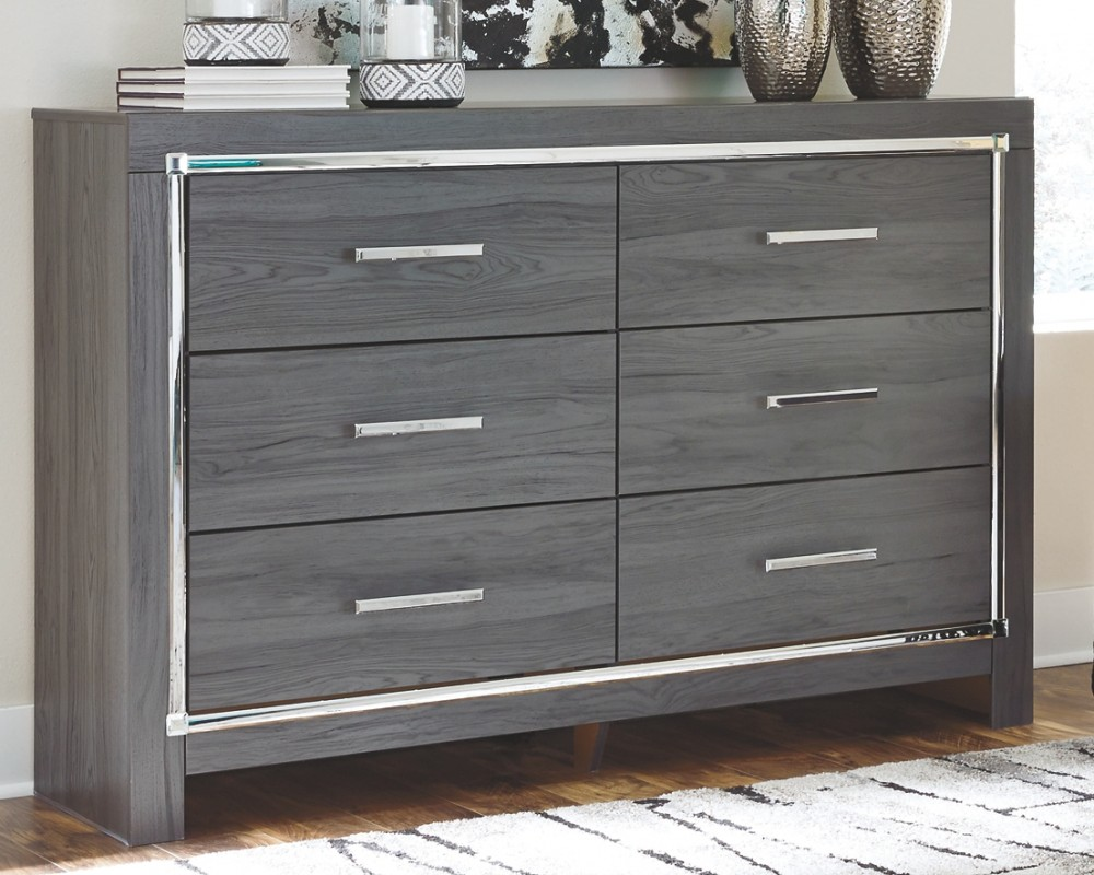 Lodanna - Full Panel Bed with Dresser