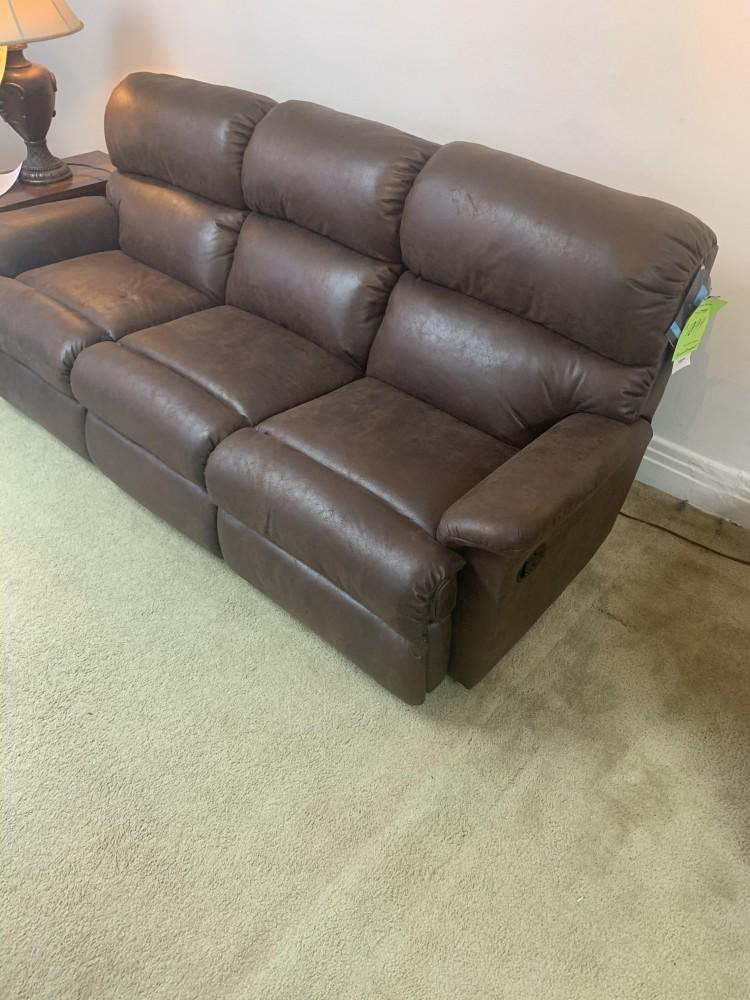 Flexsteel Reclining Sofa - Chicago