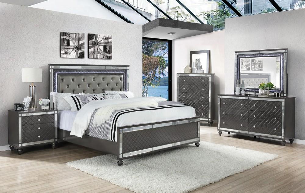 Refino Dresser Mirror Queen Bed