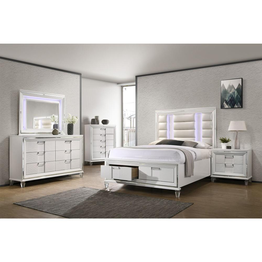 Twenty Nine White 4 pieces qn bed, drs, mir, stand