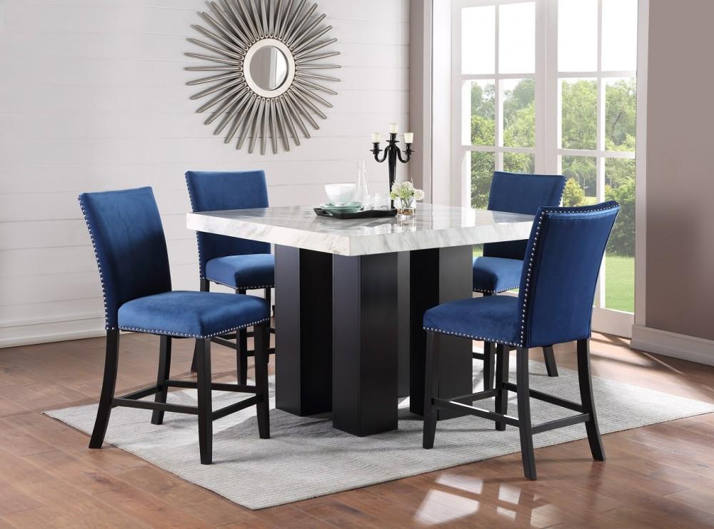 Croix Pub & 4 Blue Chairs