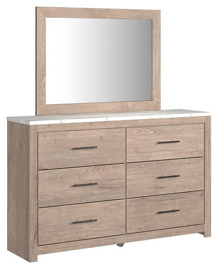 Senniberg - Dresser and Mirror