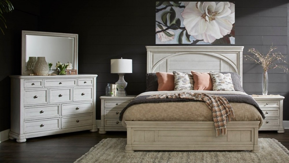 Trisha Yearwood Nashville - Queen 4 Piece Bedroom Set