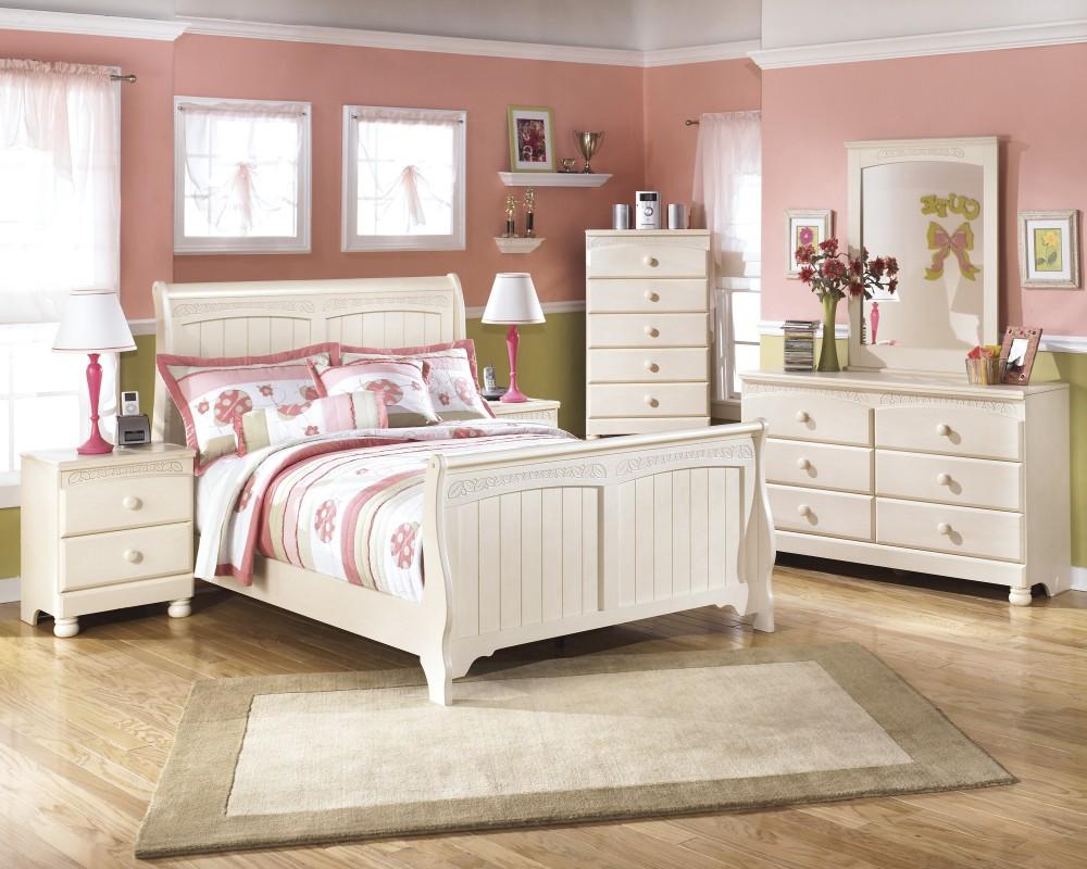 Cottage Retreat Full Sleigh Bed, Dresser & Mirror | B213/21/35/84/87 ...