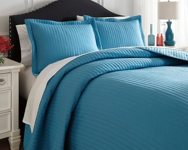 Raleda - Turquoise - Queen Comforter Set