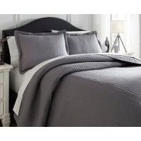 Raleda - Gray - Queen Comforter Set