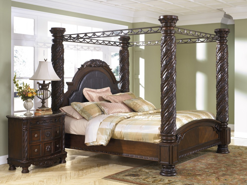 North Shore Cal King Poster Bed with Canopy | Complete Beds