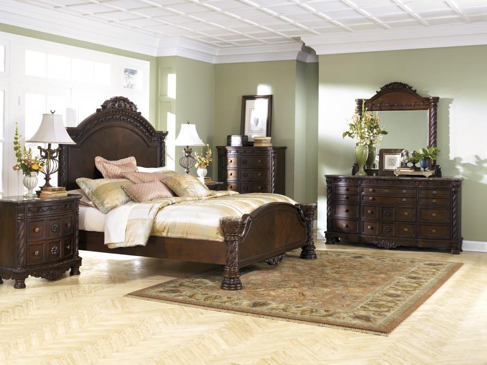 Superb North Shore 5 Pc. Bedroom   Dresser, Mirror U0026 Queen Panel Bed