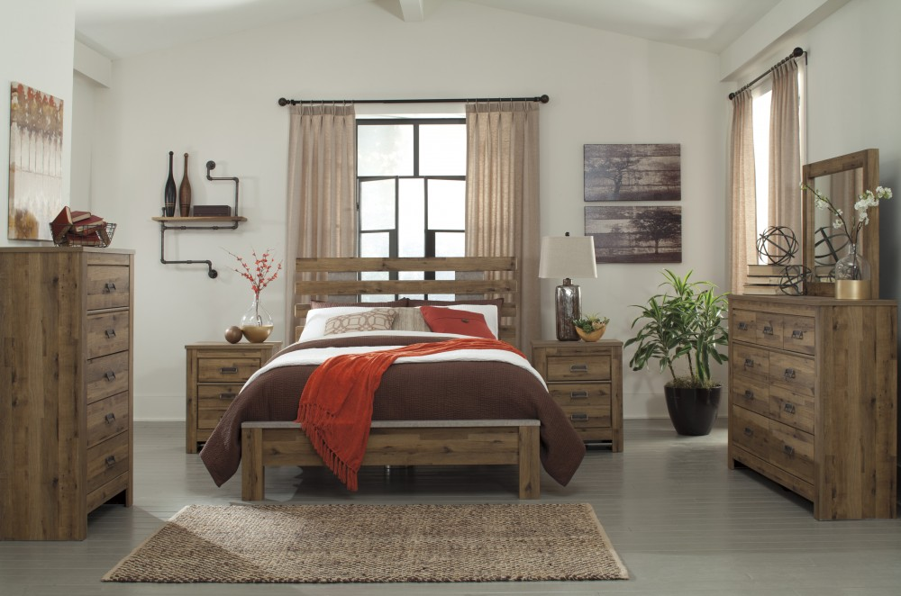 Cinrey 5 Pc Bedroom   Dresser, Mirror U0026 Queen Panel Bed