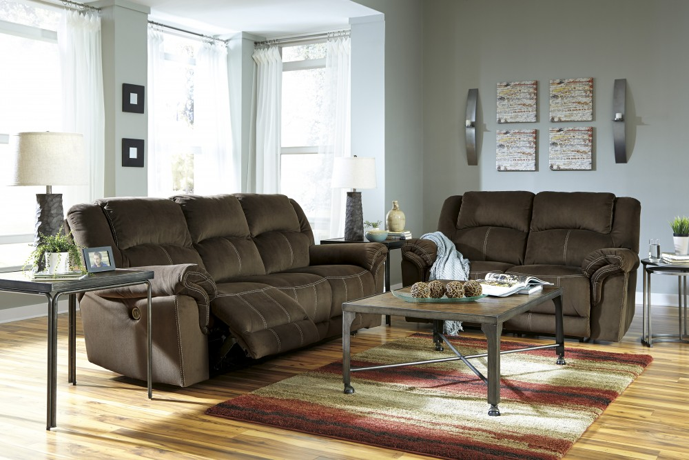 Quinnlyn - Coffee - Reclining Sofa & Loveseat