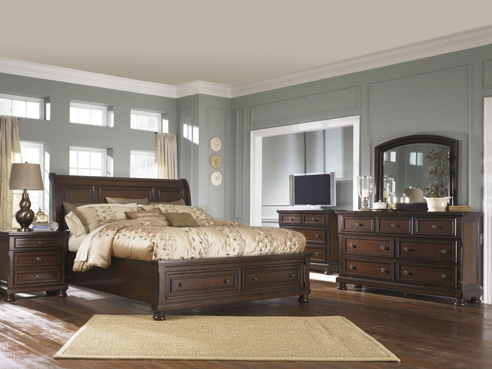 Porter Queen Sleigh Bedroom Group