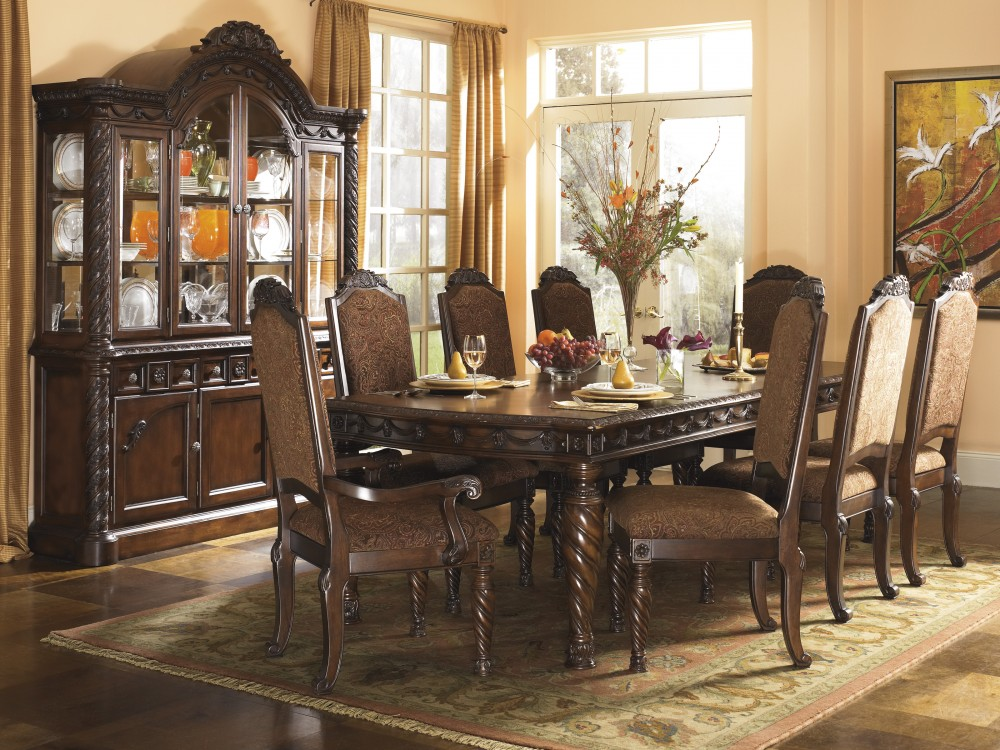 North Shore RECT Dining Room EXT Table & 6 UPH Side Chairs