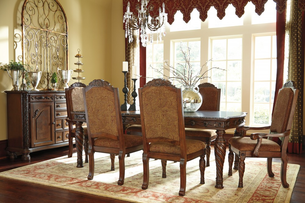 North Shore RECT Dining Room EXT Table, 4 UPH Side Chairs U0026 2 UPH Arm