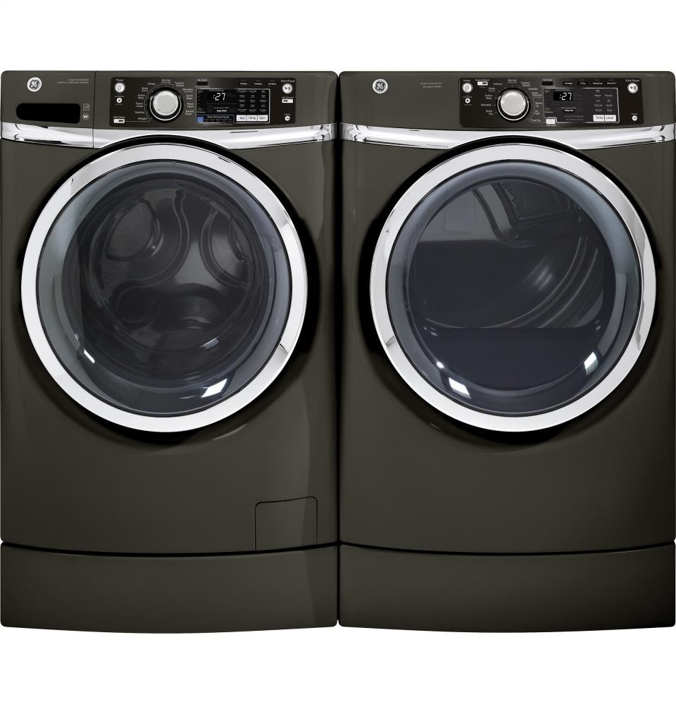 GENERAL ELECTRIC GE(R) 8.1 cu. ft. capacity RightHeight Design Front Load electric dryer with steam