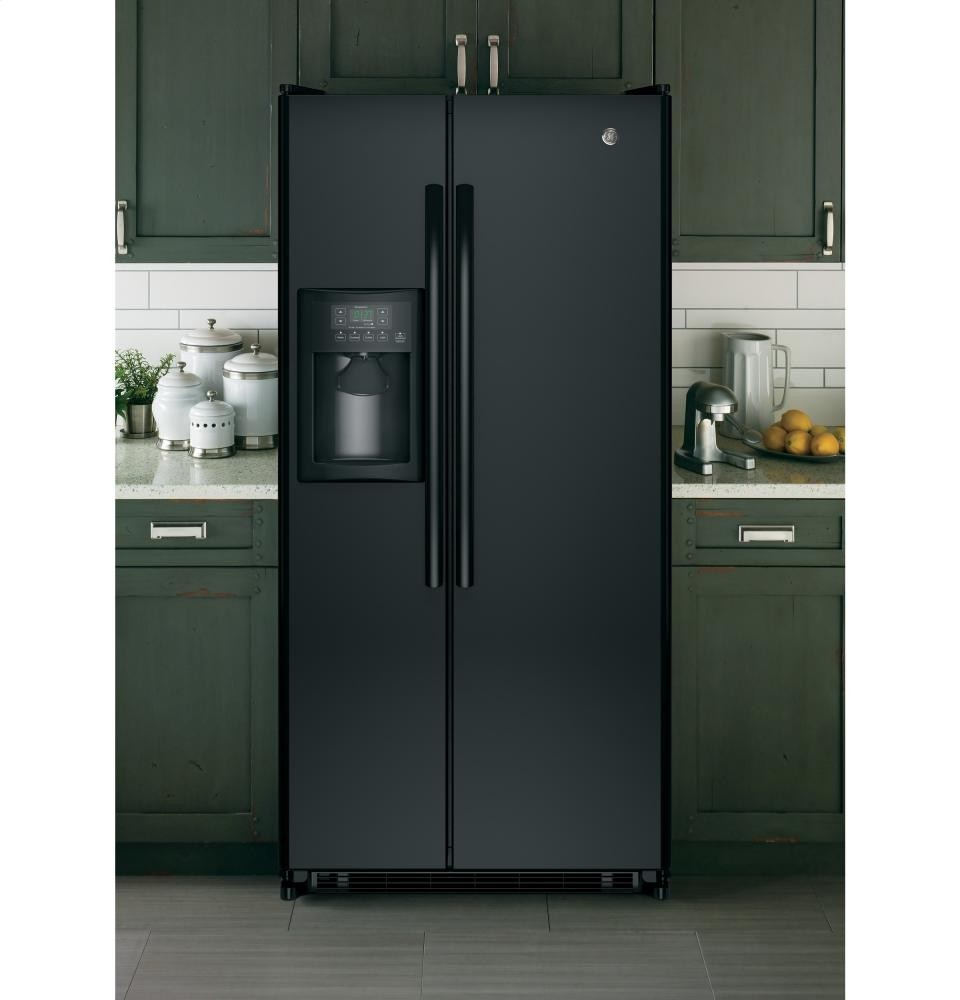 GENERAL ELECTRIC GE(R) 20.0 Cu. Ft. Side-By-Side Refrigerator