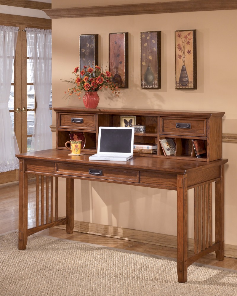 Cross Island Large Leg Desk With Short Desk Hutch